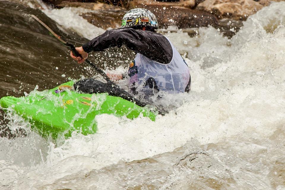PFD kayaker