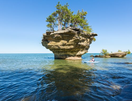 13 of the Best Places to Kayak in Michigan – With Pics!